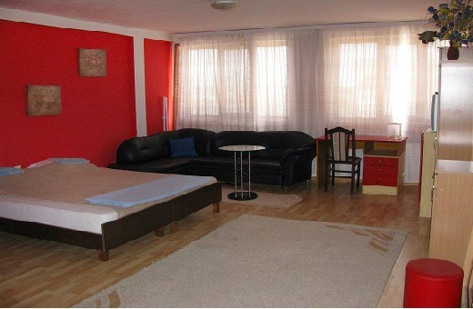 Apartment 1/2 , Hostel Milkaza - Novi Sad