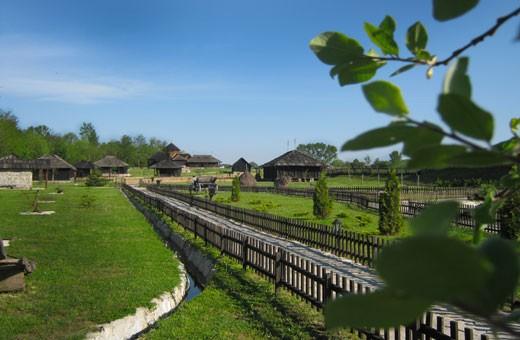 """Etno selo """"Moravski konaci"""" - Velika Plana"""