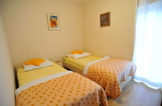 Apartman Branka spavaća soba, Apartmani Izvor - Vrdnik