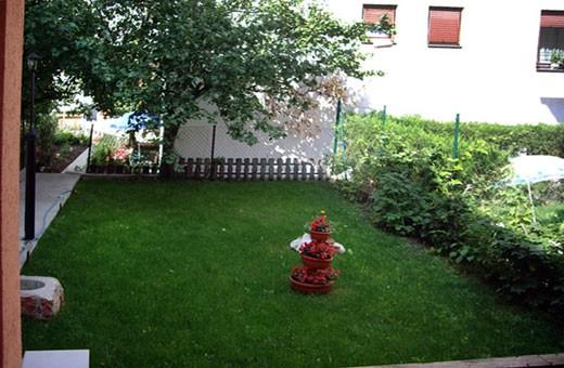Garden, Accommodation Božinović - Sokobanja