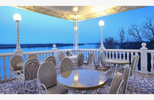 Terrace with view on Danube river, Hotel Kondor - Stari Banovci