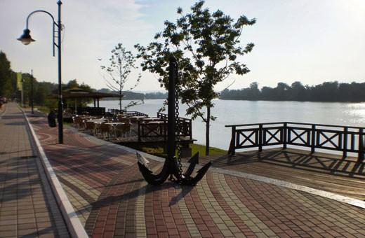 Šetalište, Sobe i Apartmani Srebrno jezero