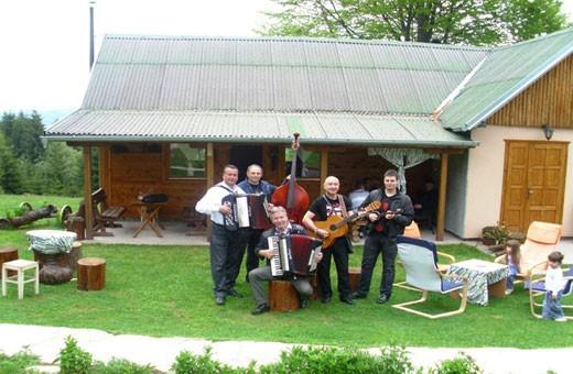 Muzički ansambl, Pansion Nebo - selo Rudno