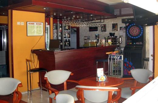 Caffe bar Rookies, Hostel Rookies - Novi Sad