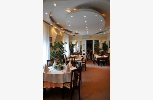 Restoran, Sobe Park - Sremčica