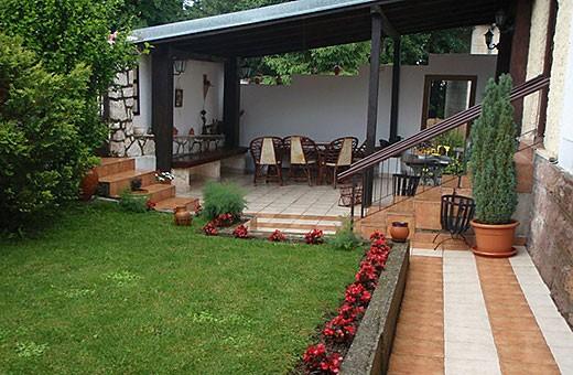 Dvorište, Vila Mila - Aranđelovac