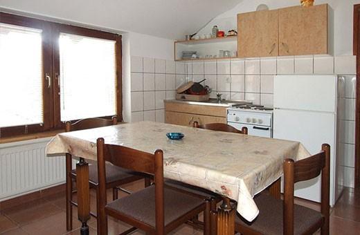 Apartman1 kuhinja i trpezarija, Apartmani Kalinovica - Sokobanja