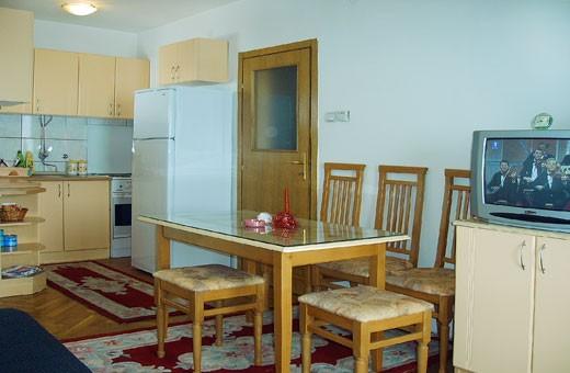 Trpezarija i kuhinja, Apartman Milivojević - Zlatibor