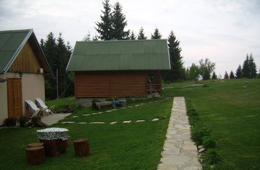 Brvnare, Pansion Nebo - selo Rudno