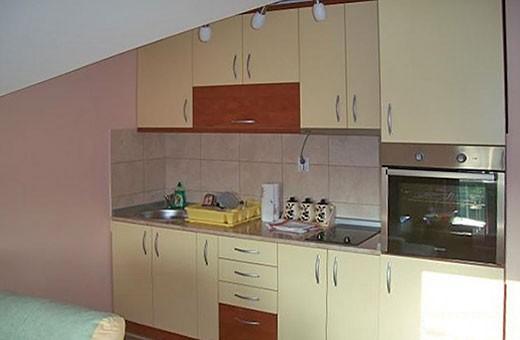 Kuhinja, Sunčani apartman - Apartmani Makojević, Vrnjačka banja