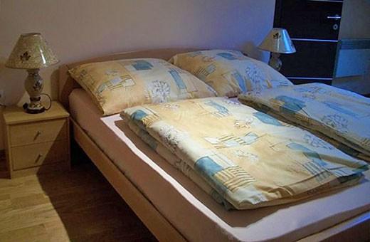 Spavaća soba, Sunčani apartman - Apartmani Makojević, Vrnjačka banja