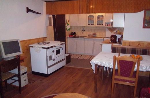 Kuhinja, Seosko turističko domaćinstvo Pavlović - selo Vlakča, Kragujevac