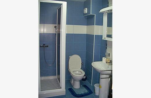 Kupatilo, Sunčani apartman - Apartmani Makojević, Vrnjačka banja
