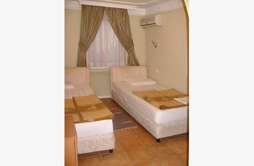 Dvokrevetna soba, Hotel Garni Rimski - Novi Sad
