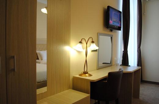 Soba 1/2, Belgrade City Hotel