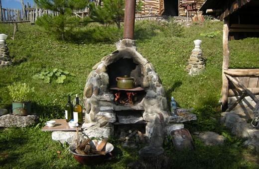 Roštilj ispred kuće, Etno kuća Cerova kosa - Mokra Gora