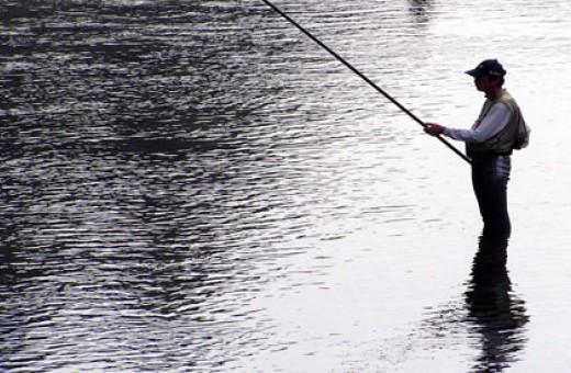 Ribolovac u akciji (ilustracija)