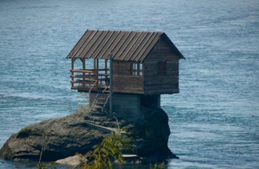 Kućica na Drini