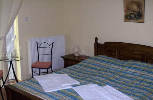 Soba sa francuskim ležajem, Pansion Brvnara - Palić