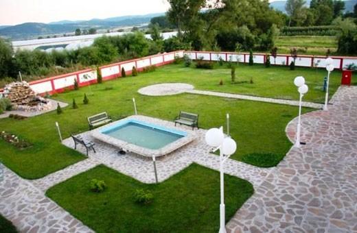 Dvorište, Hotel Dijana - Pirot