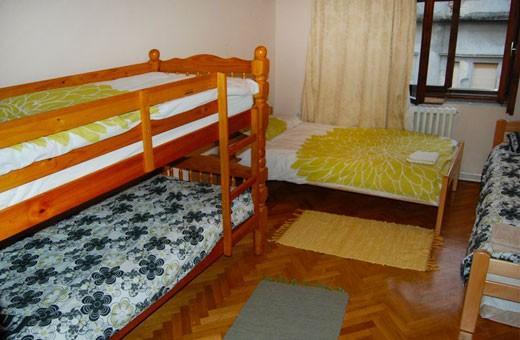 Room 1/4, Hostel Mali - Novi Sad