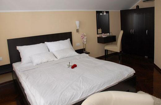 Room with queen bed, Rooms Park - Sremčica