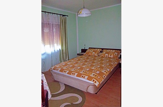 Soba 1/2 sa fancuskim ležajem, Seosko turističko domaćinstvo Pavlović - selo Vlakča, Kragujevac