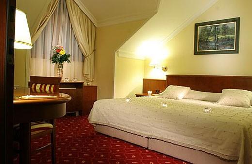 Double room with queen bed, Hotel President - Belgrade