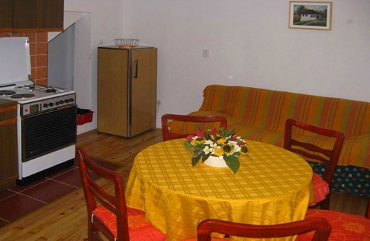 Apartman1 trpezarija, Apartmani Slavica - Jagodina