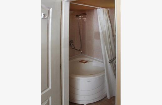 Room1 bathroom, Accommodation Kovač - Belgrade