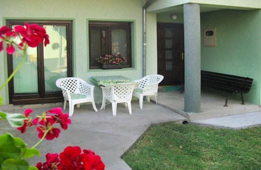 Apartman1 terasa, Apartmani Slavica - Jagodina