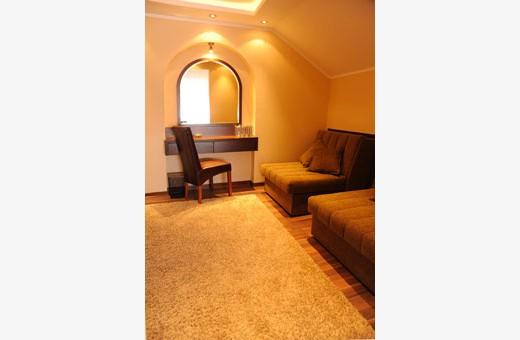 Room 1/2+2, Rooms Park - Sremčica